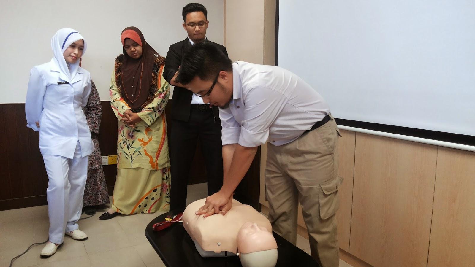 CPR, Pertolongan Cemas, demo