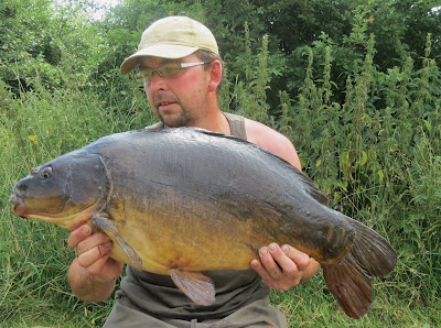 surface fishing carp floater