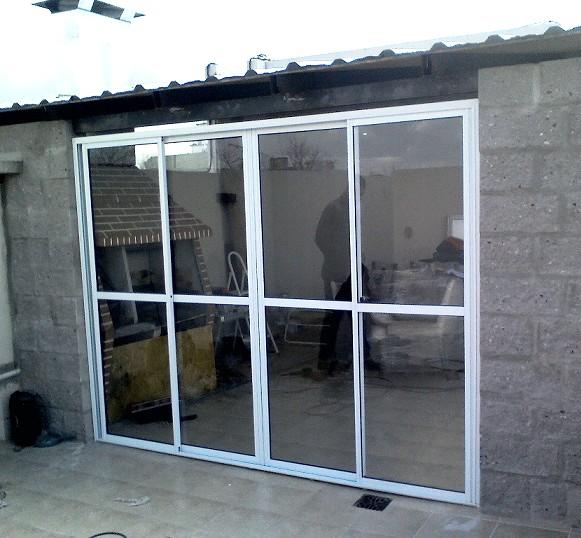 Instalaciones jm for Puerta balcon pvc