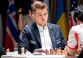 Echecs : Hikaru Nakamura 0-1 Magnus Carlsen au Mémorial Vugar Gashimov - Photo site officiel