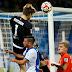 Goleiro do Bochum vai para o ataque e dá assistência para gol aos 50 do segundo tempo