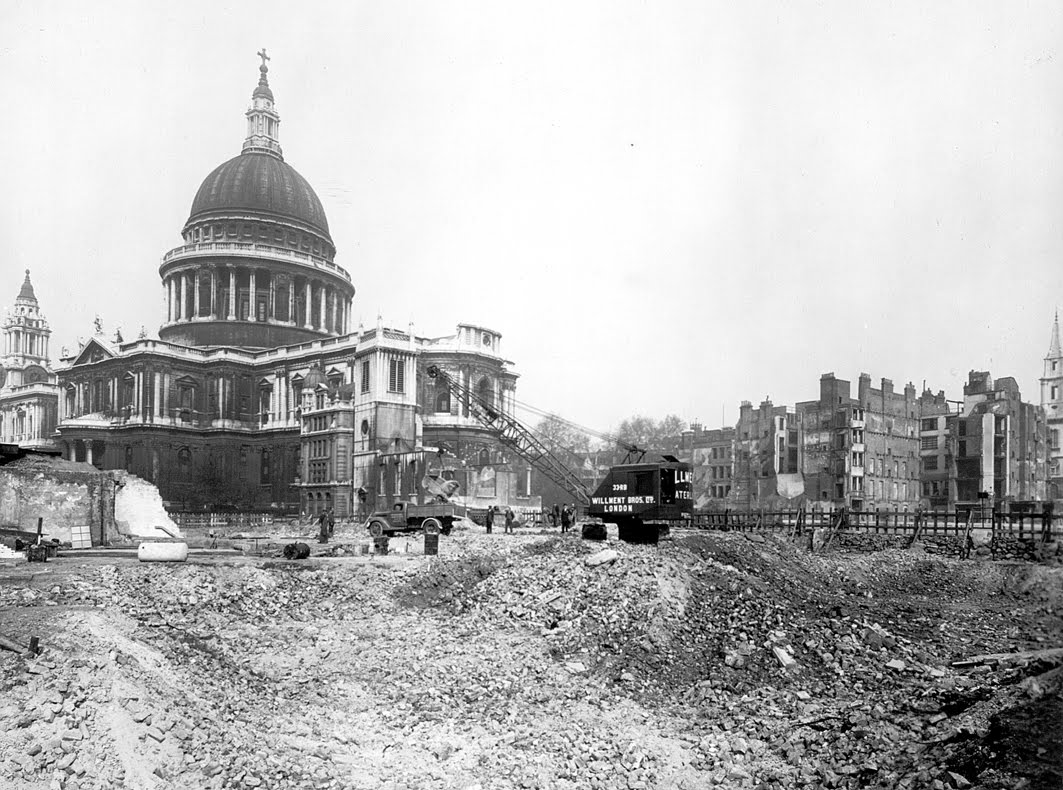 the blitz and st pauls cathedral essay St paul's cathedral uses technology to tell and in the blitz four films will tell the story of st paul's surveyor of the fabric of st paul's cathedral.