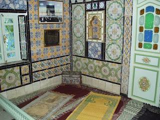 model Ruang Sholat interior rumah