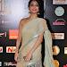 janani iyer glamorous in saree-mini-thumb-21
