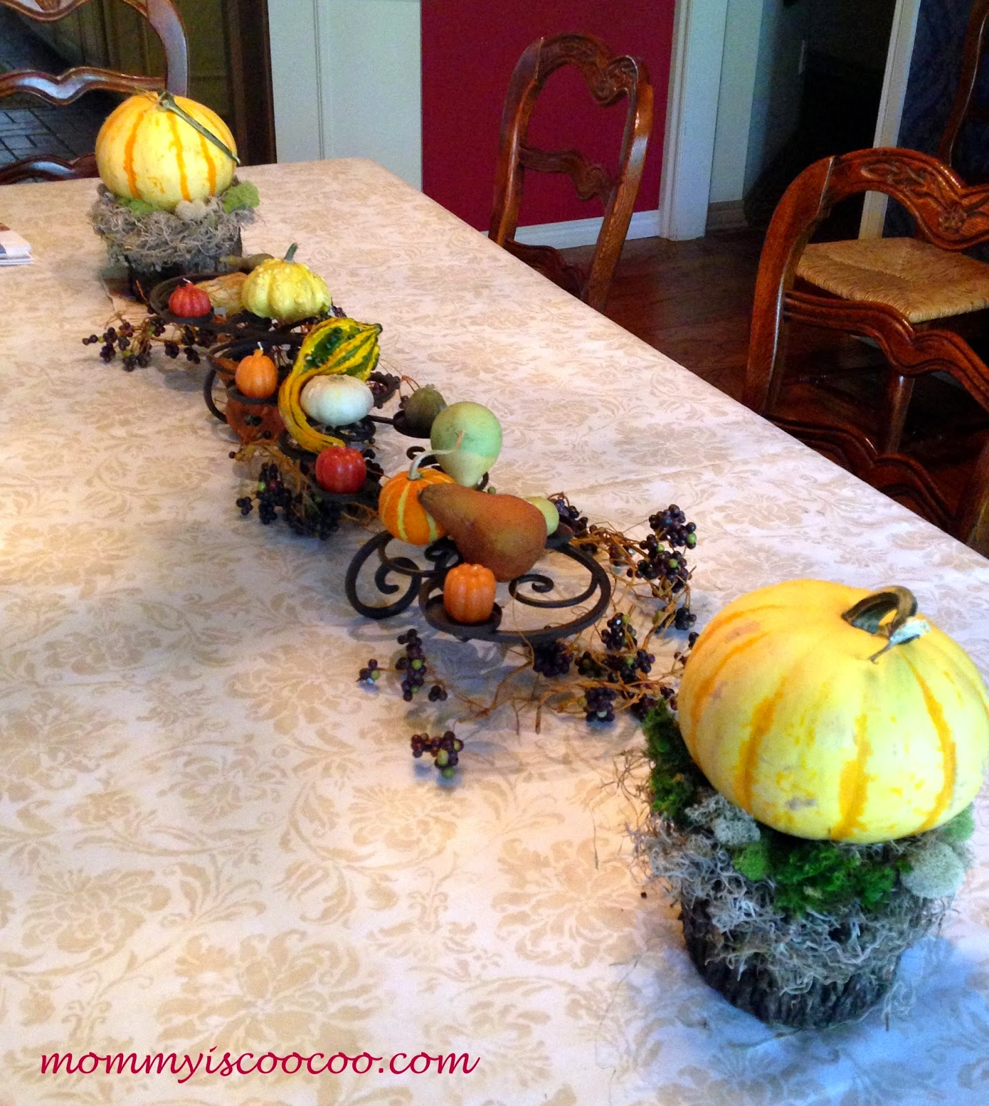 how to decorate for fall, fall decor, fall decorations from mommy is coocoo