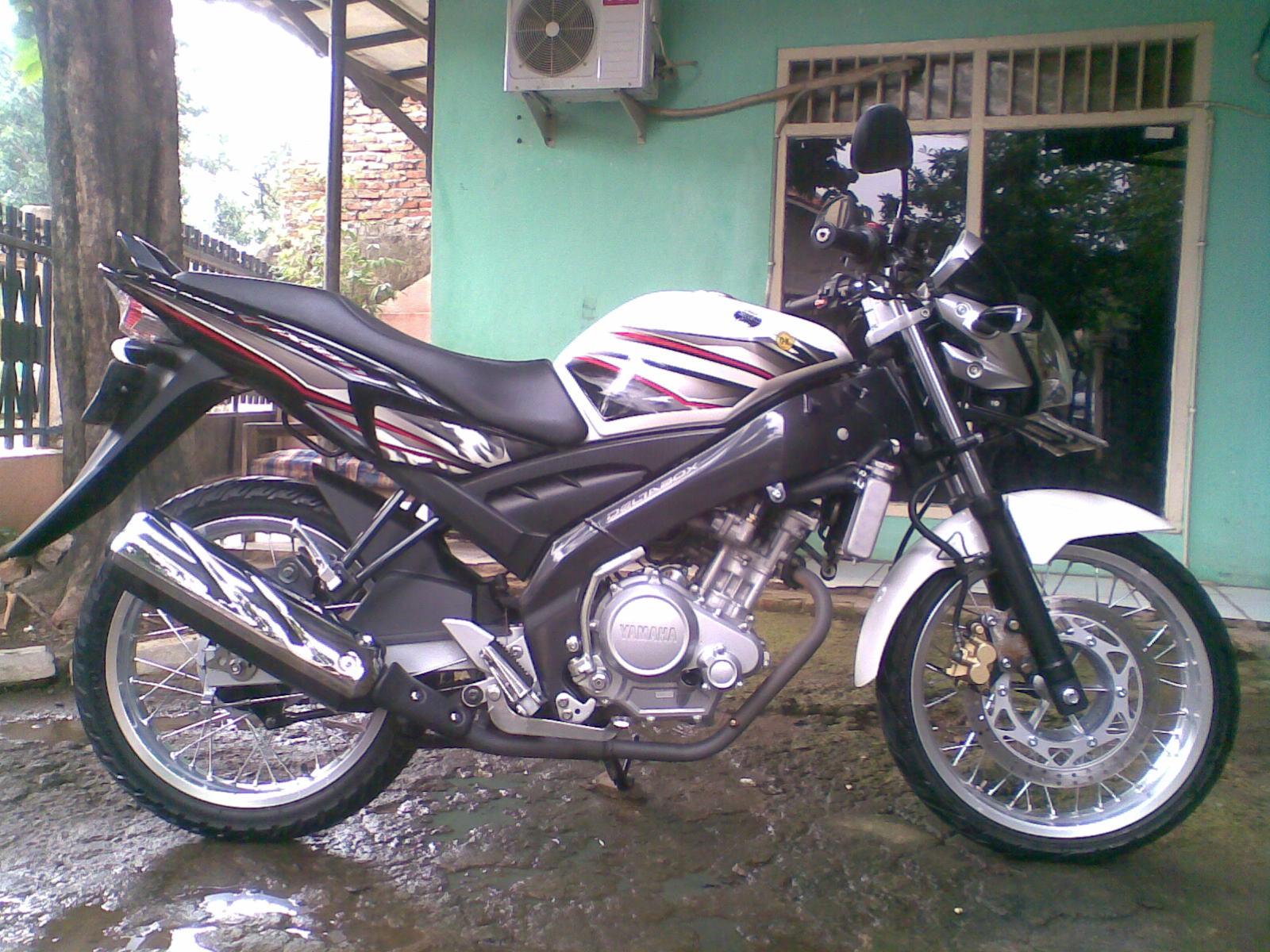 Modif Yamaha Vixion Warna Putih