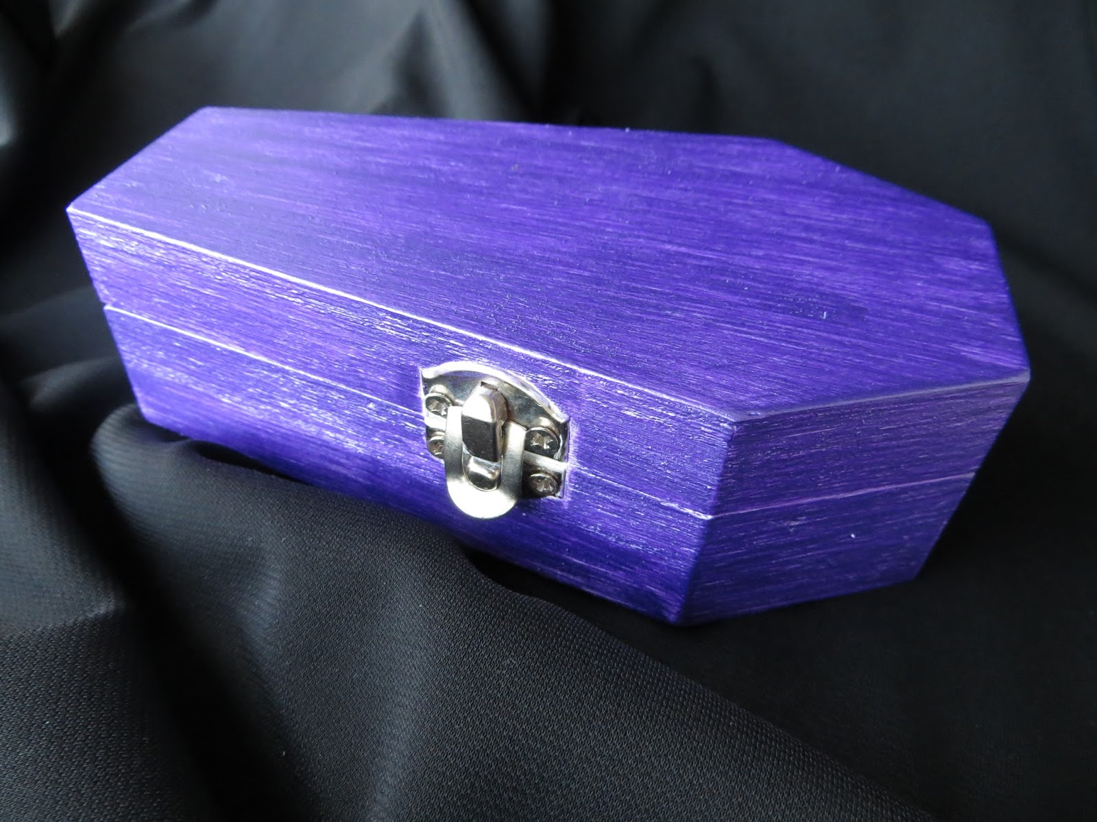 Justines Halloween My Mini Coffin Jewelry Box