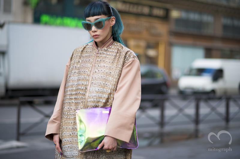 DJ and Designer of GIZA Mademoiselle Yulia at Paris Fashion Week マドモアゼルユリアをステラマッカートニーのショーで撮影した一枚