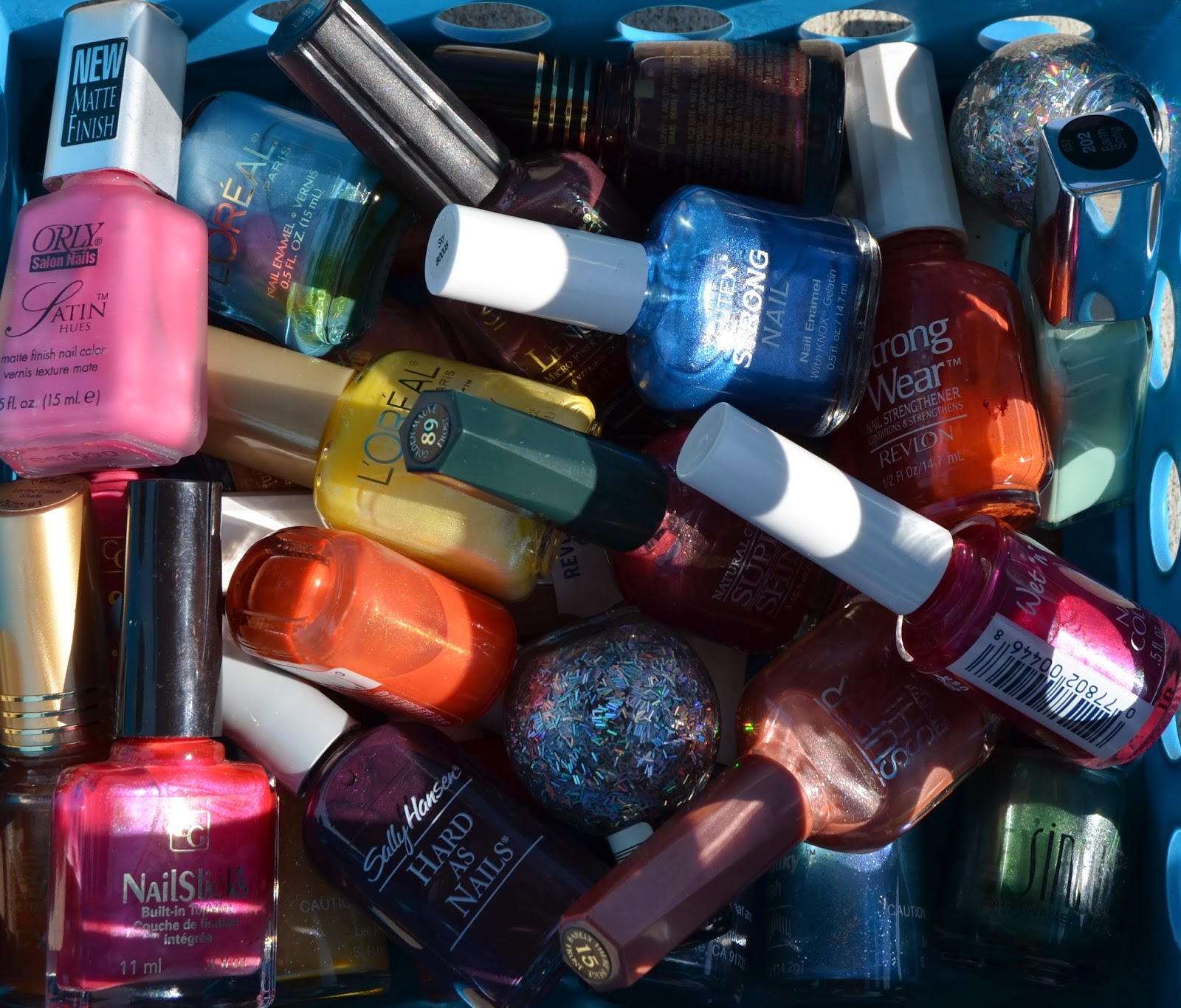Manicures And Me: Flea Market Nail Polish Is The Best Kind