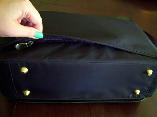 "Jill-e Designs Sasha 15"" Laptop Bag luggage sleeve"