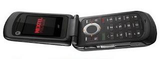 Nextel Motorola i440 flip phone in Brazil