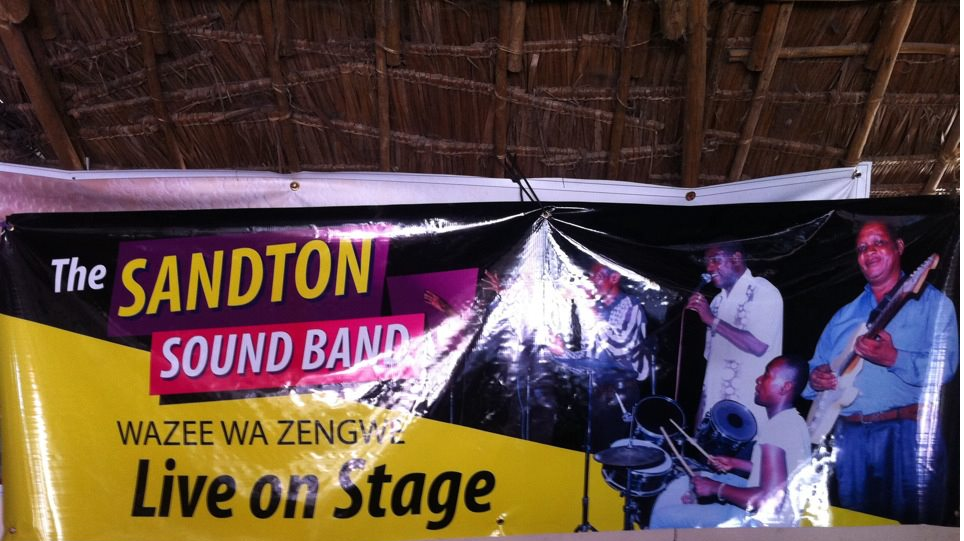 SANDTON SOUND BAND- Wazee wa Zengwe