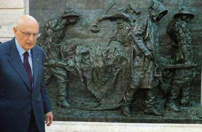 """1° MAGGIO - NAPOLITANO DEPORRA' UNA CORONA SUL MONUMENTO """"LE VITTIME DEL LAVORO"""""""