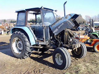 EQ-25308 New Holland 4835 tractor