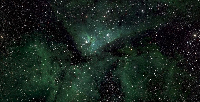 A small section of the Milky Way photo showing Eta Carinae  © Lehrstuhl für Astrophysik, RUB