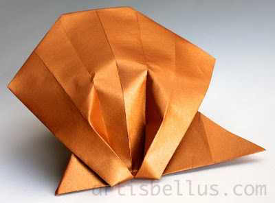 Origami Animals: Scallop Shell