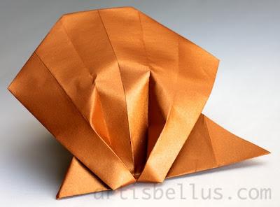 Origami Animals: Scallop Shell