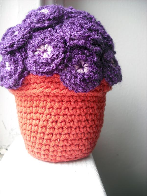 Purple Chair Crochet: The Flower Pot Series (New!)