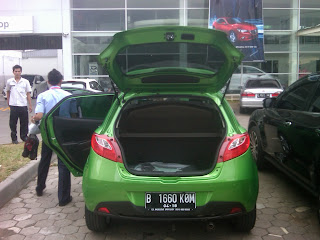 Pengiriman Mazda 2 B 1660 KOM Jakarta - Ternate