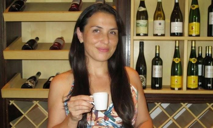 Dois Cafés e a Conta com Karen Terahata - Jornal O Globo