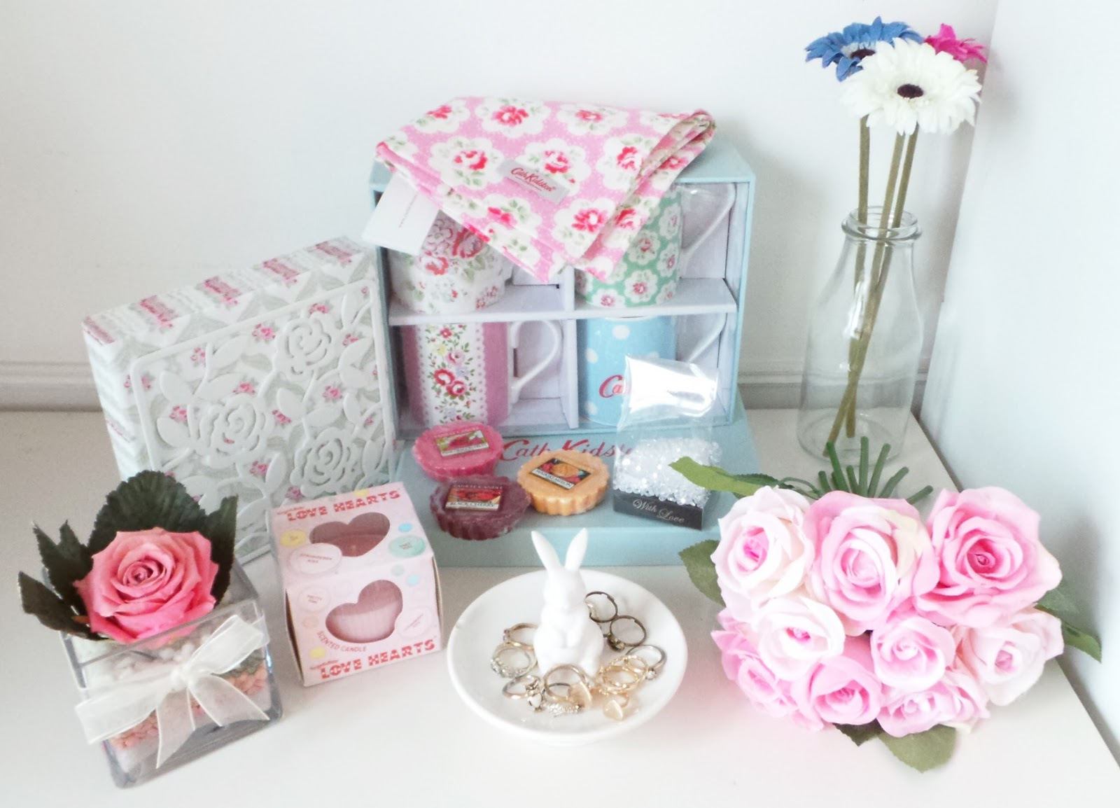Laura's All Made Up - Home Haul - IKEA - napkins, napkin holder, artificial flowers