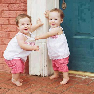 Twin Babies Pictures download free