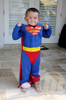 http://2.bp.blogspot.com/-1yKdQQkts7E/Ucl1y7NYrQI/AAAAAAAABPY/Gy0Nwbd2hLE/s1600/kostum+kanak+comel+hero+(3).jpg
