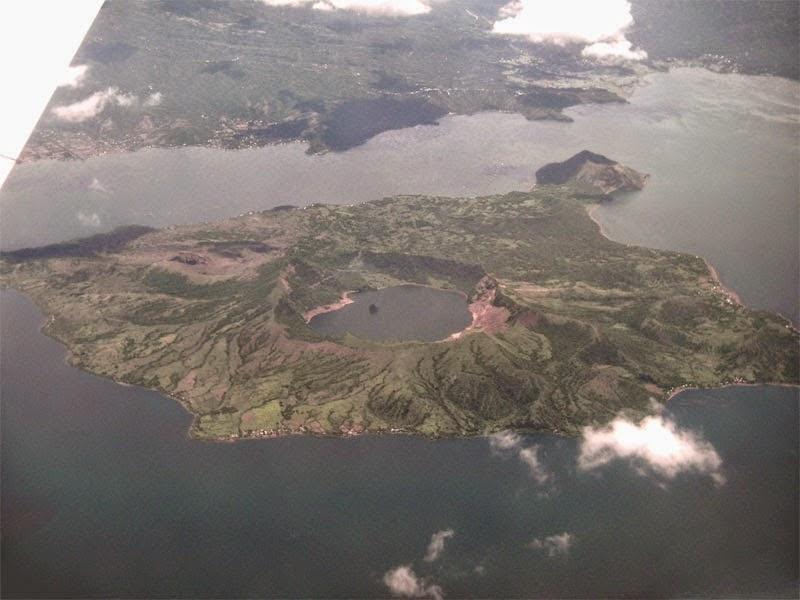 Danau Ini Berada di Pulau yang Berada di Danau yang Berada di Pulau