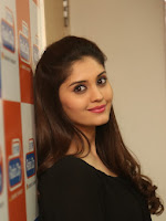 Surabhi glamorous at Radio city-cover-photo