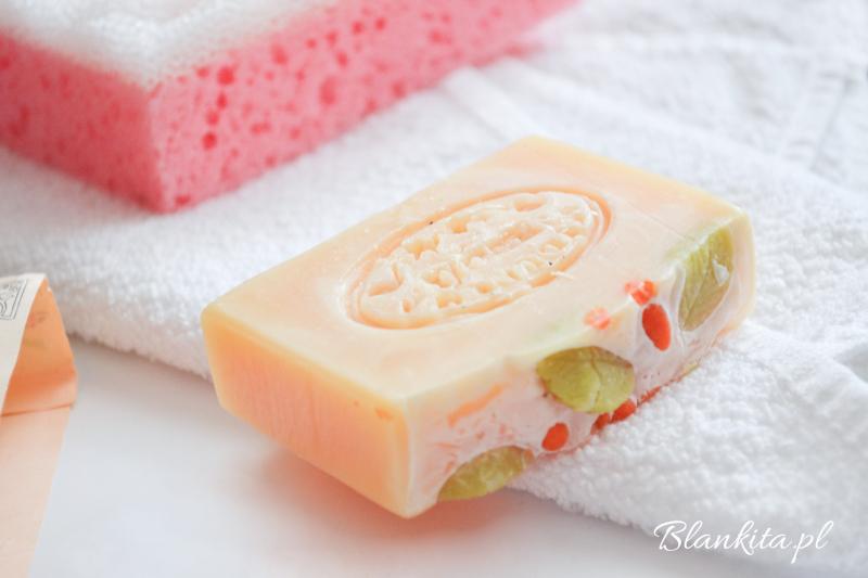 kosmetyki naturalne, czeskie mydlo, czeskie kosmetyki naturalne, kremus, cytrynowe mydlo, mydlo z rokitnikiem, kosmetyki z rokitnikiem,