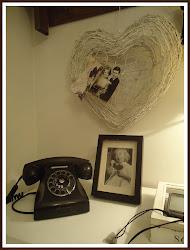 -Eteisaulamme wanha puhelin-