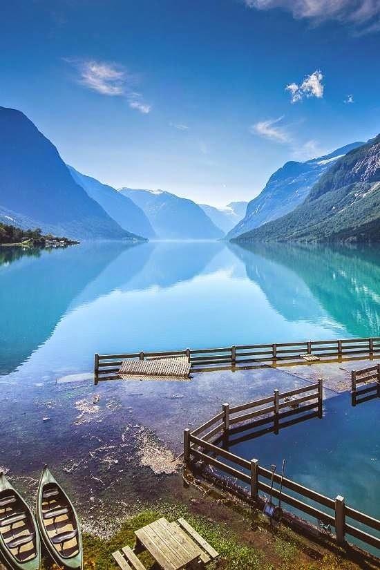 LAKE LOVATNET, STRYN, NORWAY