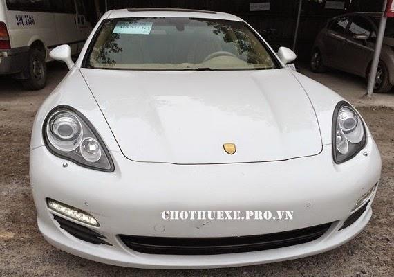 Cho thuê xe cưới Porsche Cayenne