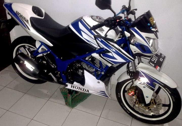 Modifikasi Honda CB150R Manis Minimalis Tampil Lebih Mentereng
