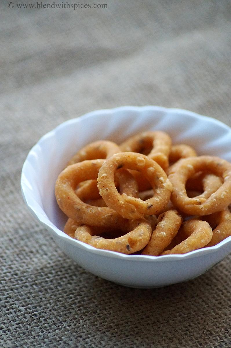 how to make chegodilu, chegodilu recipe, diwali snacks recipes, deepavali snacks