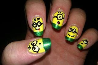 Uñas decoradas con Minions