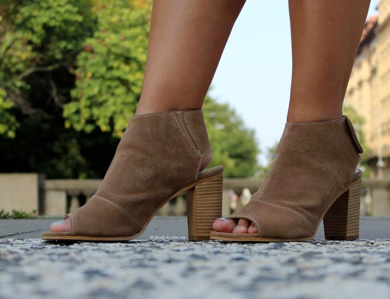 sandalias de cuero de mustang
