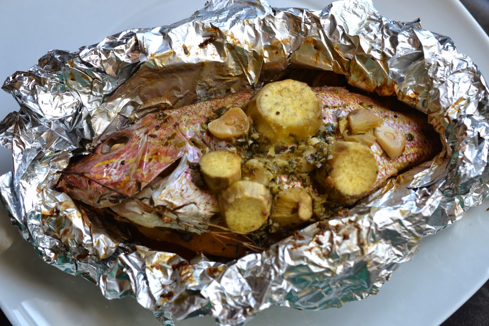 Greedy girl foil roasted fish for Broil fish in oven