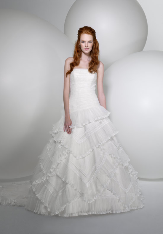 Some Models Dress Women: Alita Graham Wedding Dresses Collection