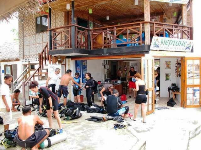 PADI 5* IDC Center 'Neptune Diving Adventures' in Moalboal, Philippines