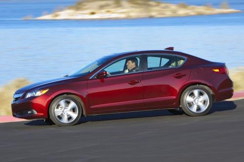 2010 Acura ILX Concept photo - 3
