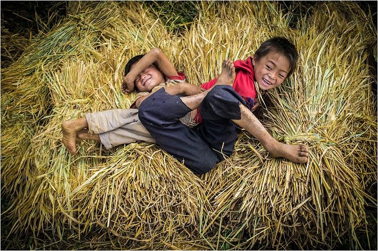 Compact Camera, Best Photo of the Day in Emphoka by Hùng Vũ, Fujifilm FinePix X100, https://flic.kr/p/gEVSRi
