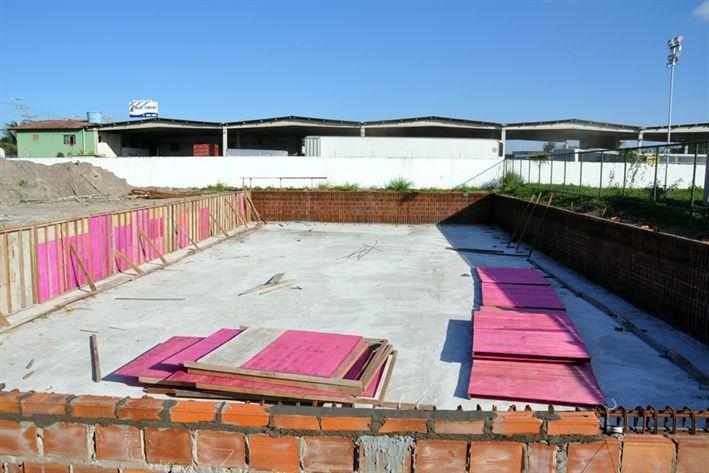 Blog por simas a piscina semi ol mpica do complexo for Piscina municipal pinto