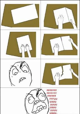 Humor típico cortando papel