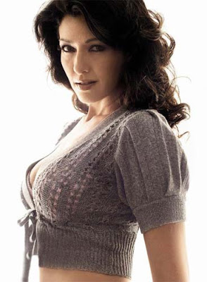Aditi Govitrikar Height, Weight and Age
