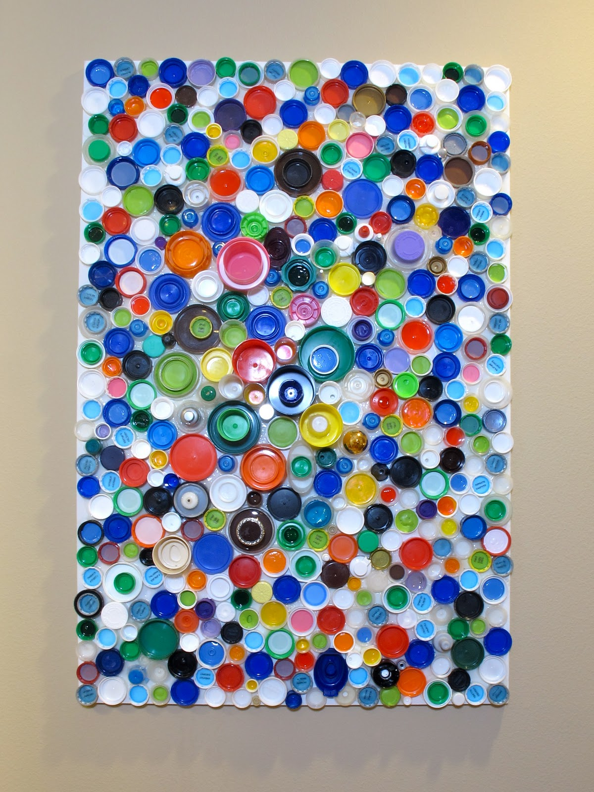 BluKatKraft: How to Make an Upcycled Plastic Bottle Cap Mosaic