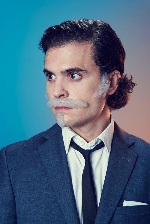 Mindo Cikanavicius fotografia bubbleissimo retratos homens com barbas bigodes de bolhas de sabão