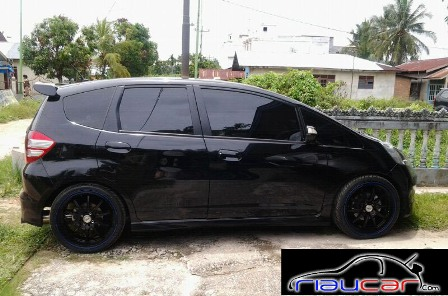 Dijual Honda Jazz RS 2010, Black