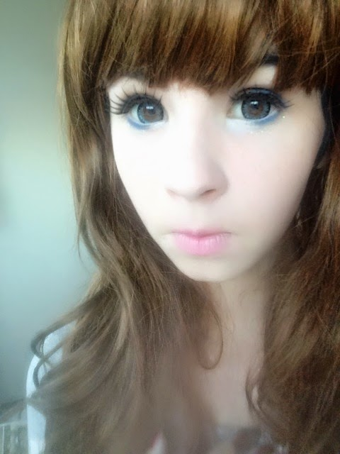 Geo Xtra WTC12 Blue Circle Lenses for Natural Looks