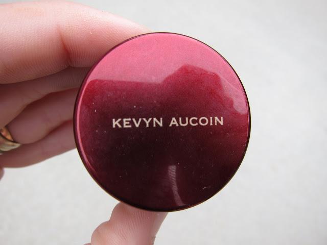 Kevyn aucoin sensual skin SX 06 enhancer